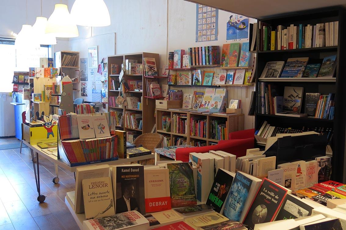 Librairie-Encre-bleue-3